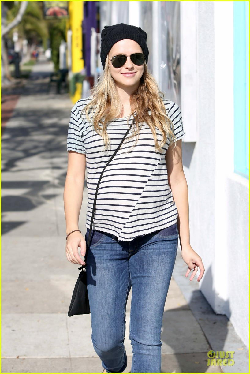 teresa palmer still working out during pregnancy 063027587