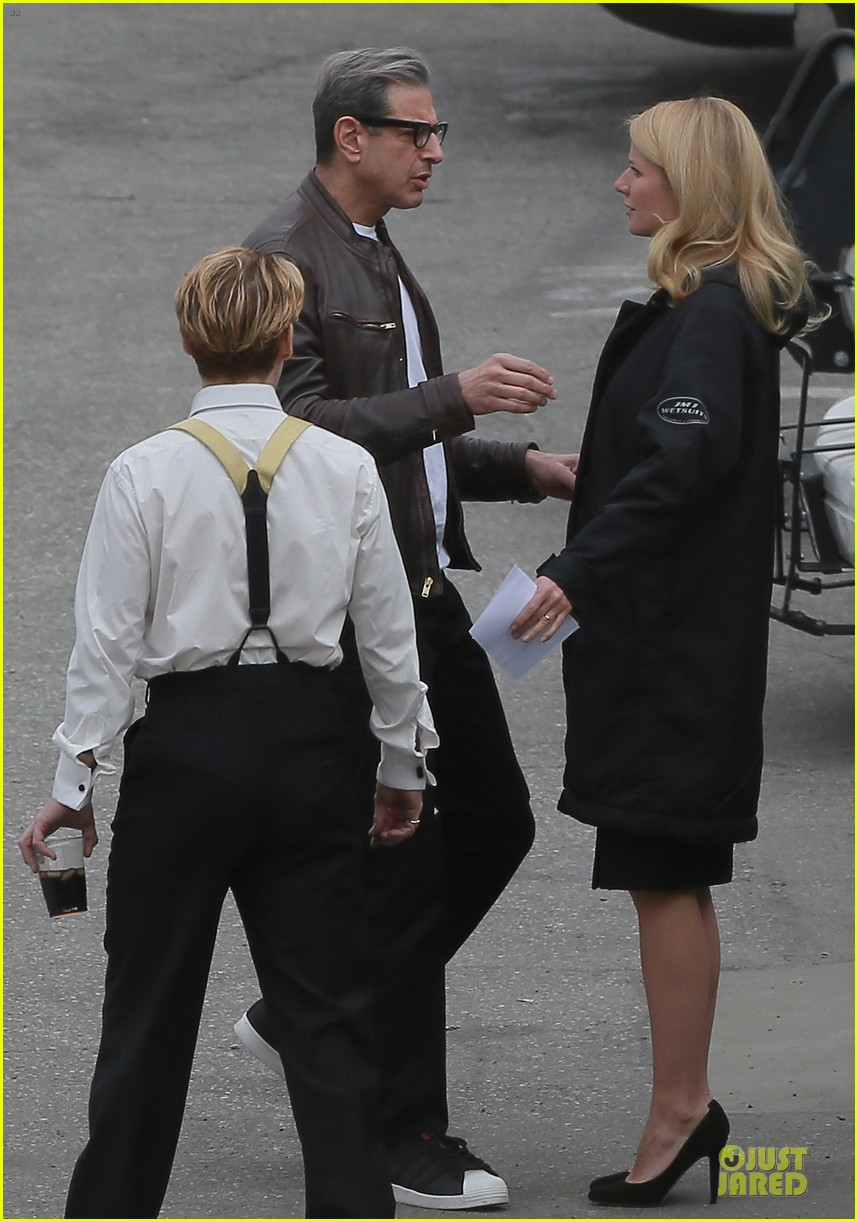 gwyneth paltrow mortdecai scenes with johnny depp 233024818