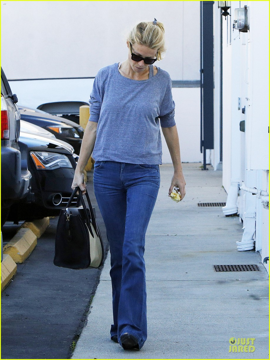 gwyneth paltrow medical building visit after the golden globes 013033846