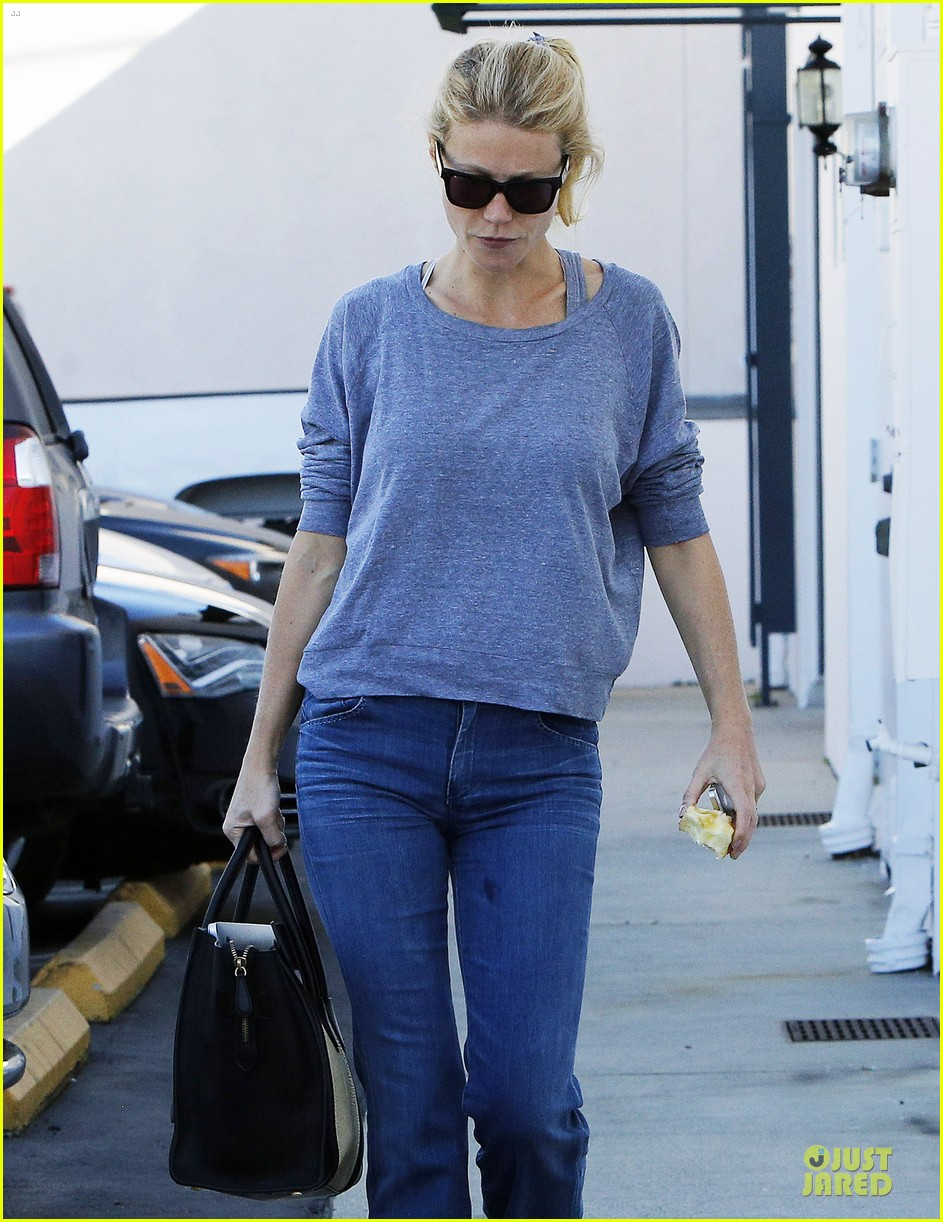 gwyneth paltrow medical building visit after the golden globes 093033854
