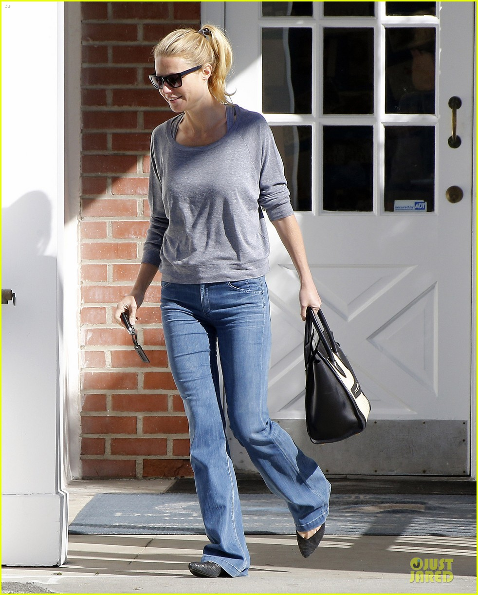 gwyneth paltrow medical building visit after the golden globes 203033865