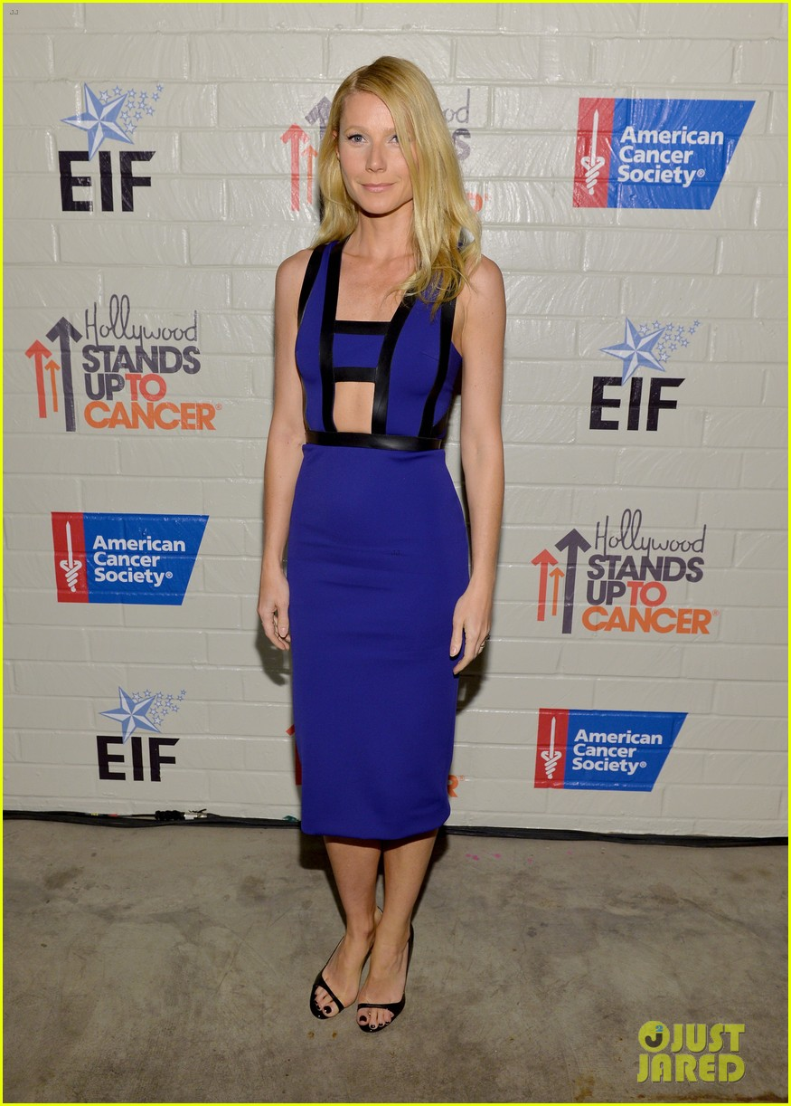 gwyneth paltrow rocks cut out dress to stand up to cancer 053043197