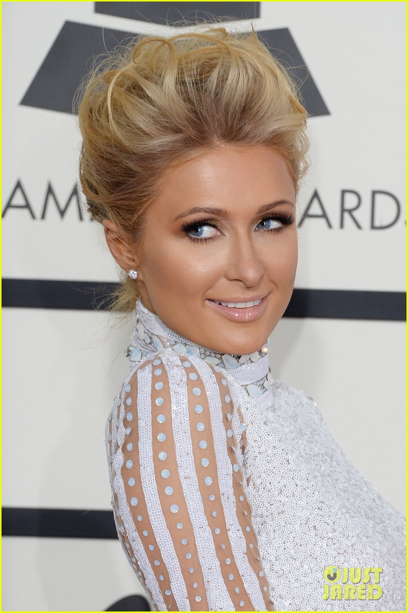 paris hilton grammys 2014 red carpet 023040957
