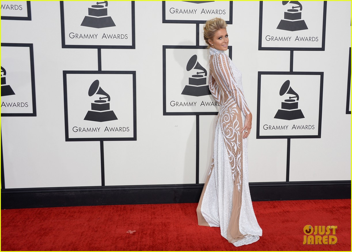 paris hilton grammys 2014 red carpet 053040960