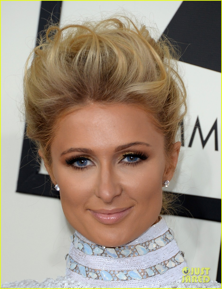 paris hilton grammys 2014 red carpet 063040961