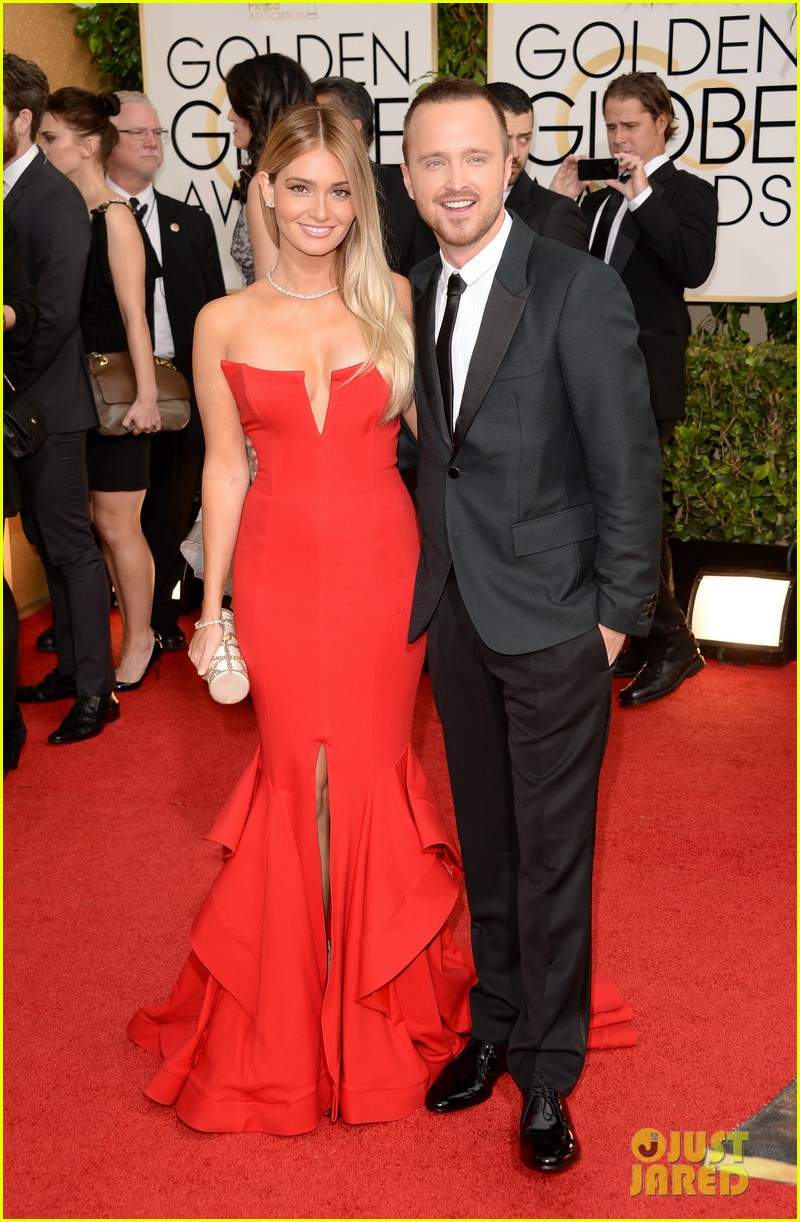 aaron paul bryan cranston golden globes 2014 red carpet 093029449