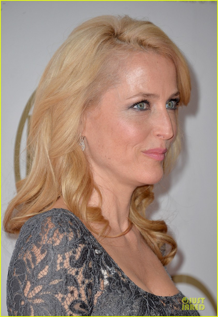 sarah paulson gillian anderson producers guild awards 2014 093035938
