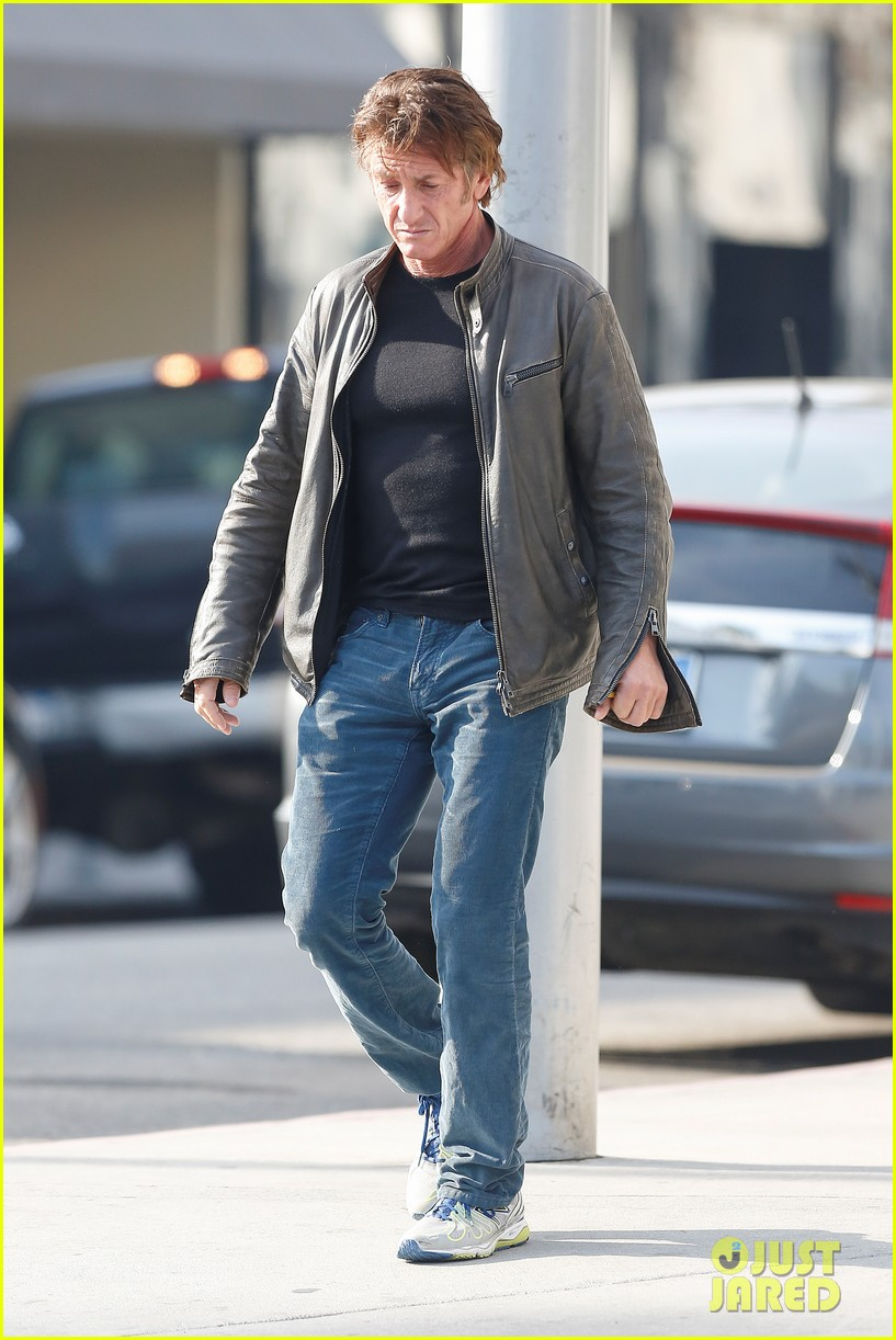 sean penn steps out solo after charlize theron relationship confirmation 01