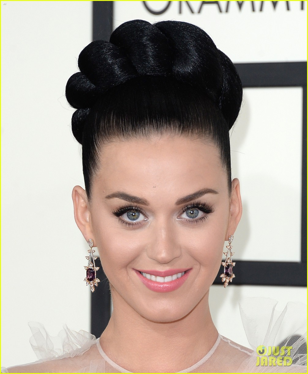 katy perry grammys 2014 red carpet 203041059