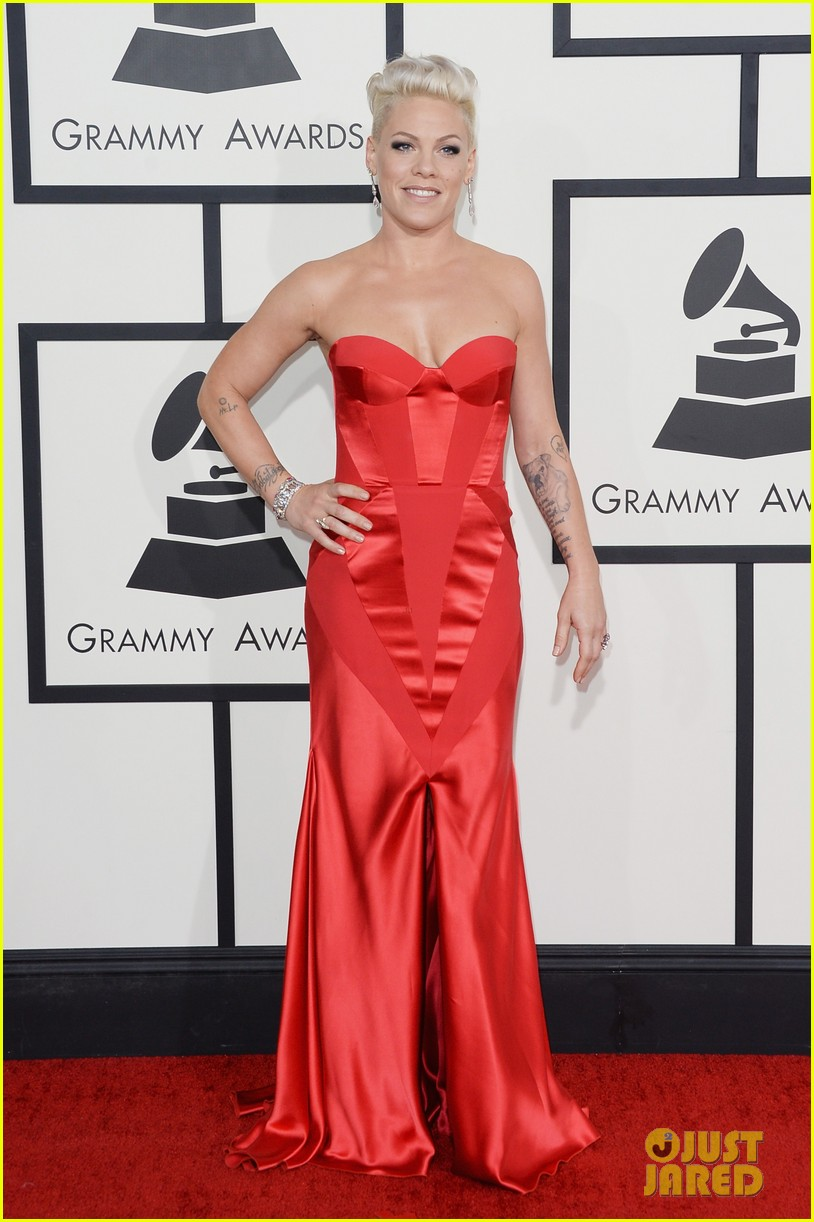 pink grammys 2014 red carpet with carey hart 033041031