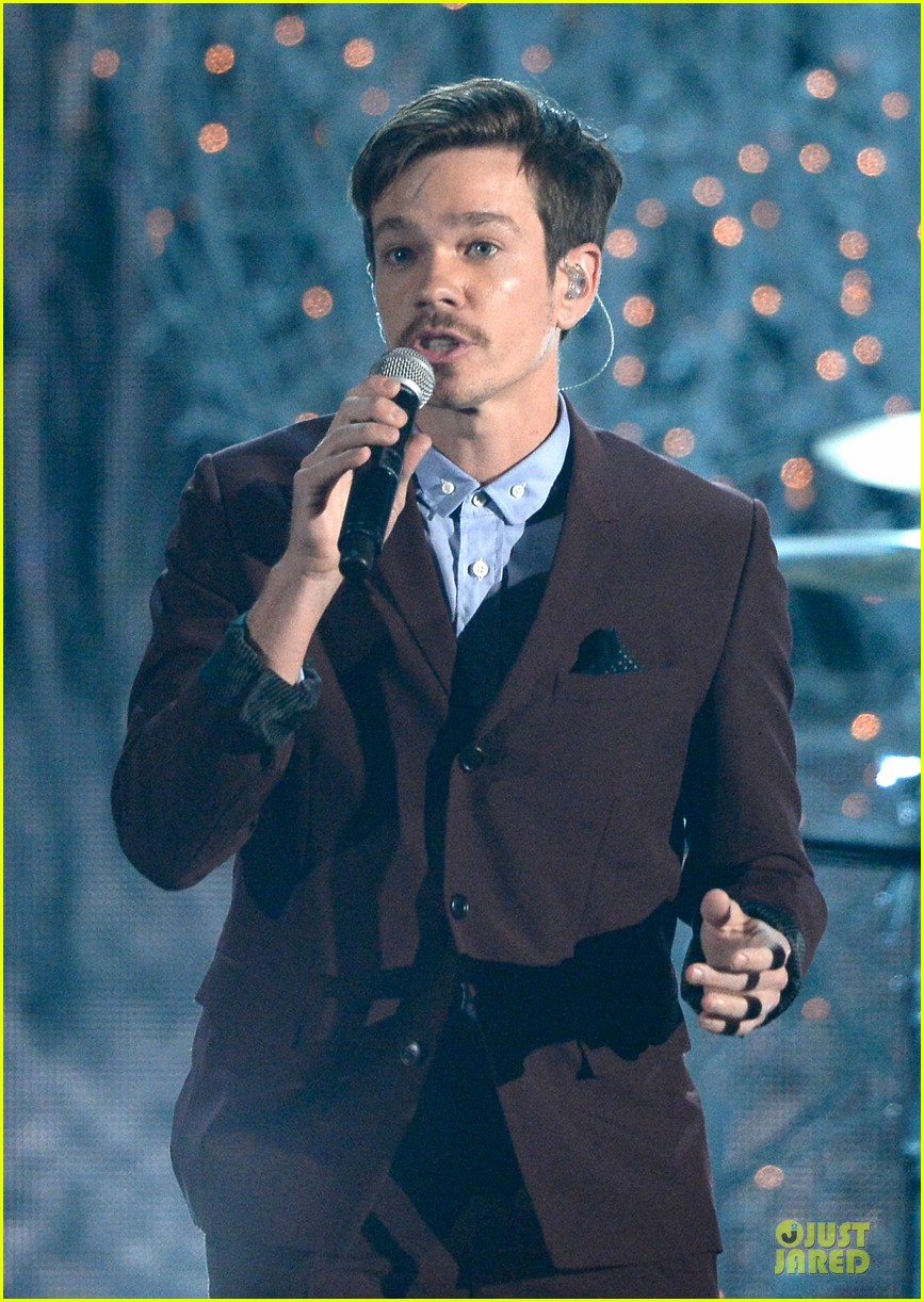 pink nate ruess performs give me a reason at grammys 2014 video 023041379