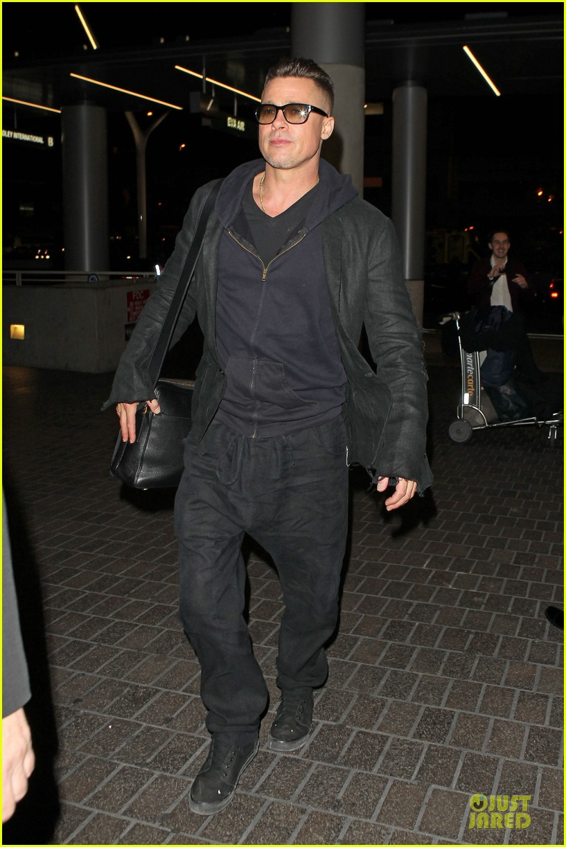 brad pitt lax departure after producers guild awards 173036208