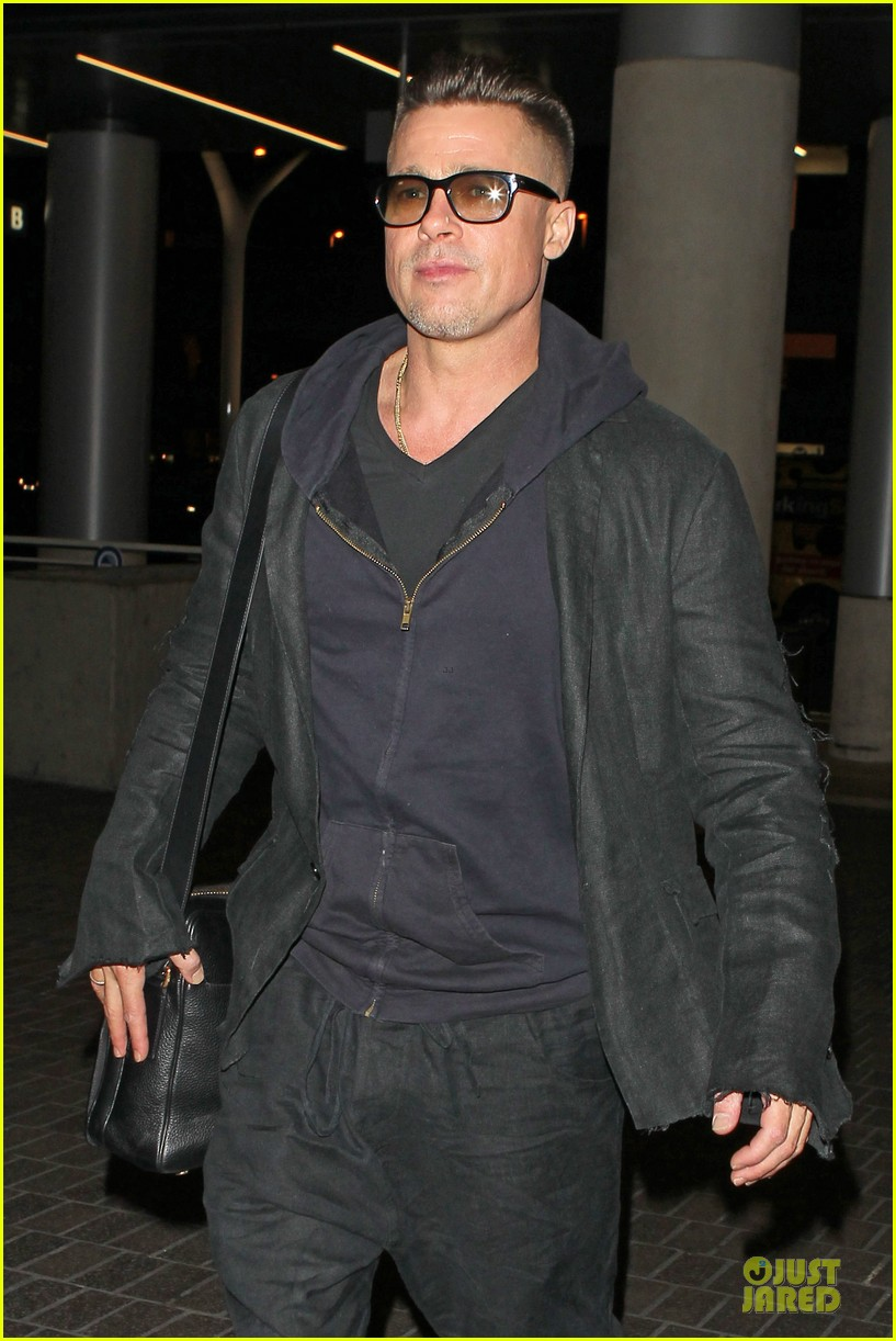brad pitt lax departure after producers guild awards 193036210