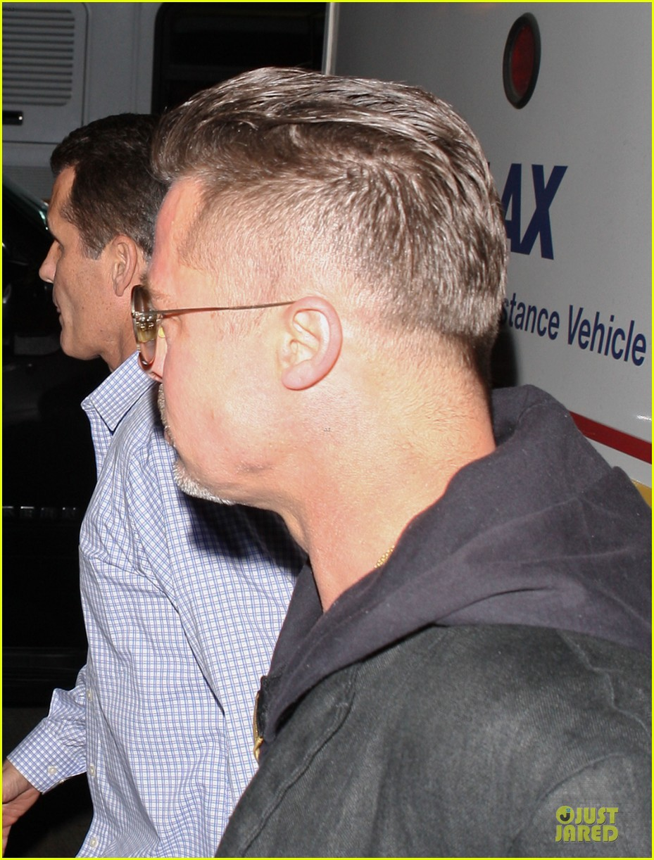 brad pitt lax arrival after angelina jolie difret news 253034061