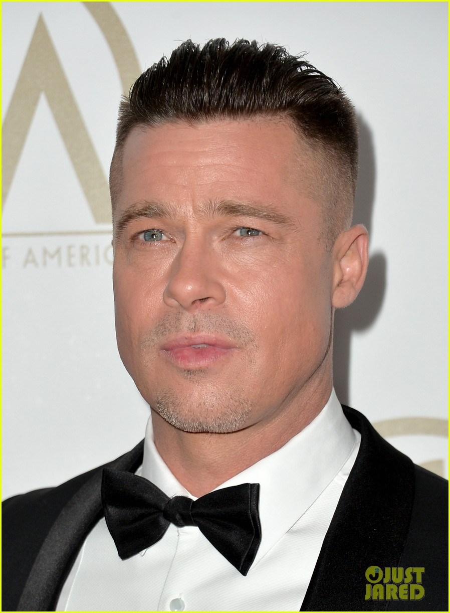 brad pitt producers guild awards 2014 with chiwetel ejiofor 073035870