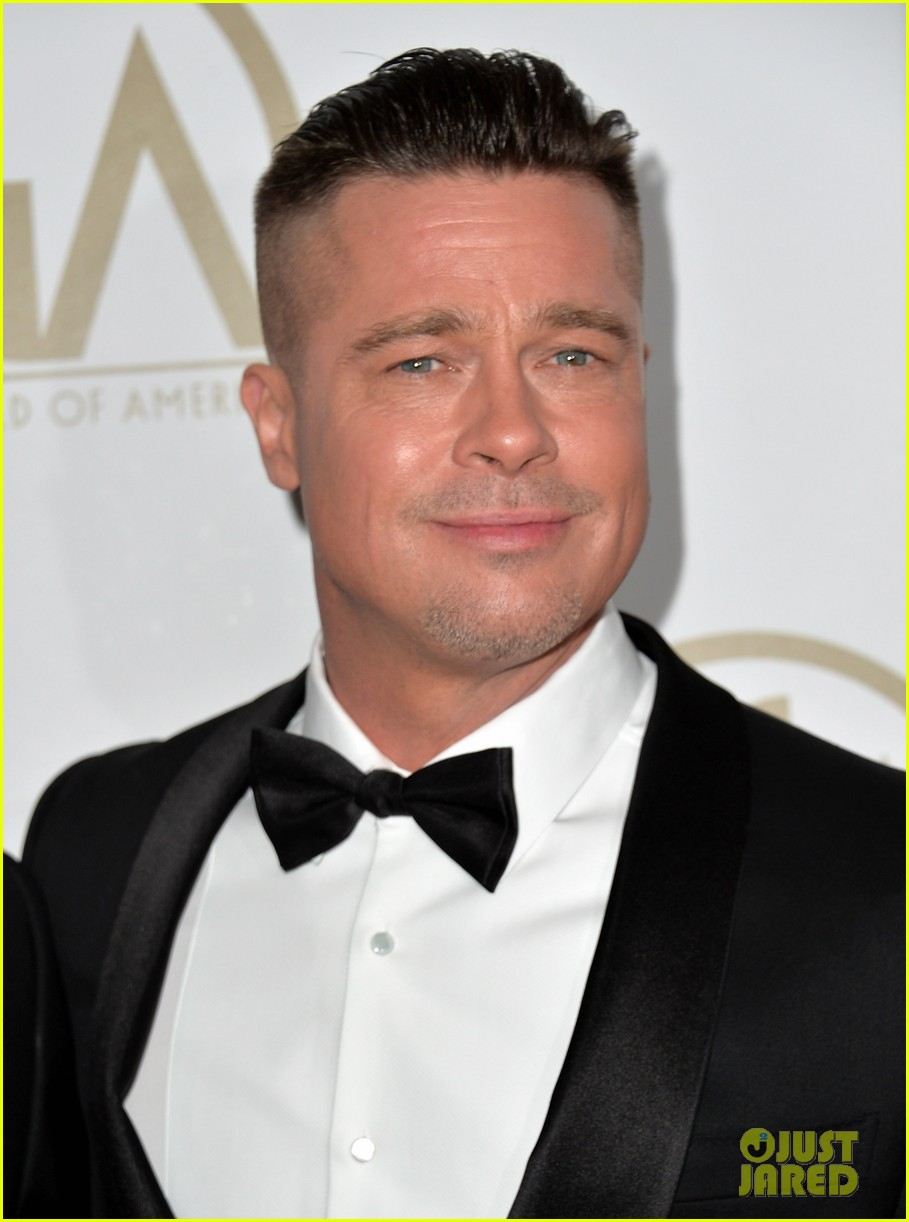 brad pitt producers guild awards 2014 with chiwetel ejiofor 083035871