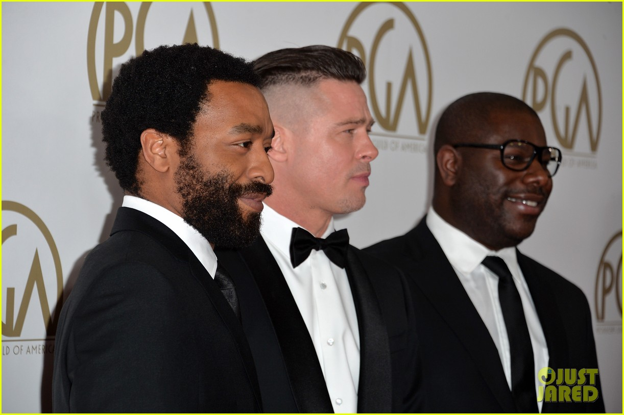 brad pitt producers guild awards 2014 with chiwetel ejiofor 143035877