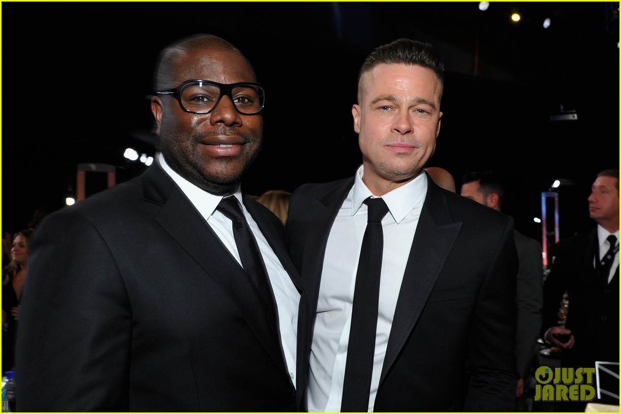 brad pitt sag awards 2014 with steve mcqueen 013034789