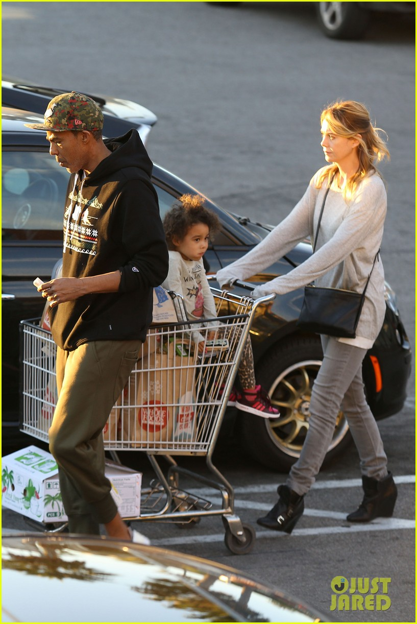 ellen pompeo spills her coconuts in whole foods lot 203024495