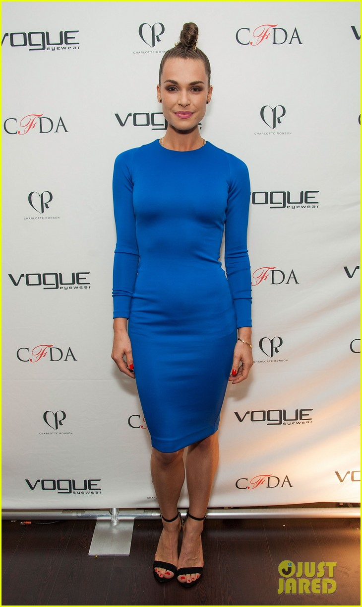 ellen pompeo vogue eyewear event 093031951