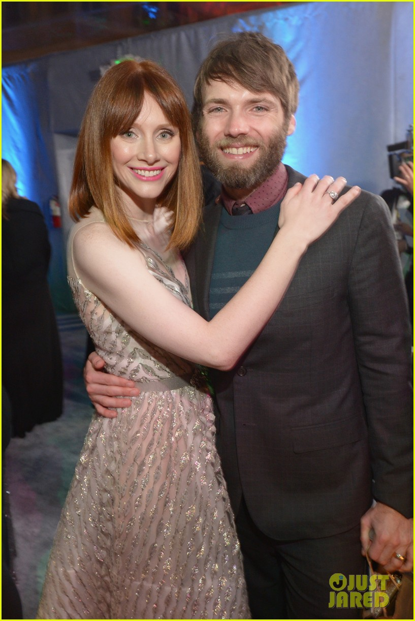 chris pratt bryce dallas howard meet at golden globes 2014 043030167