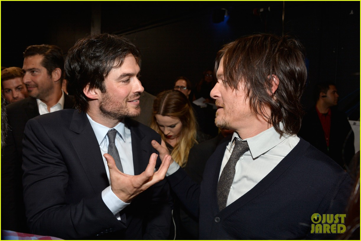 norman reedus peoples choice awards 2014 presenter 20