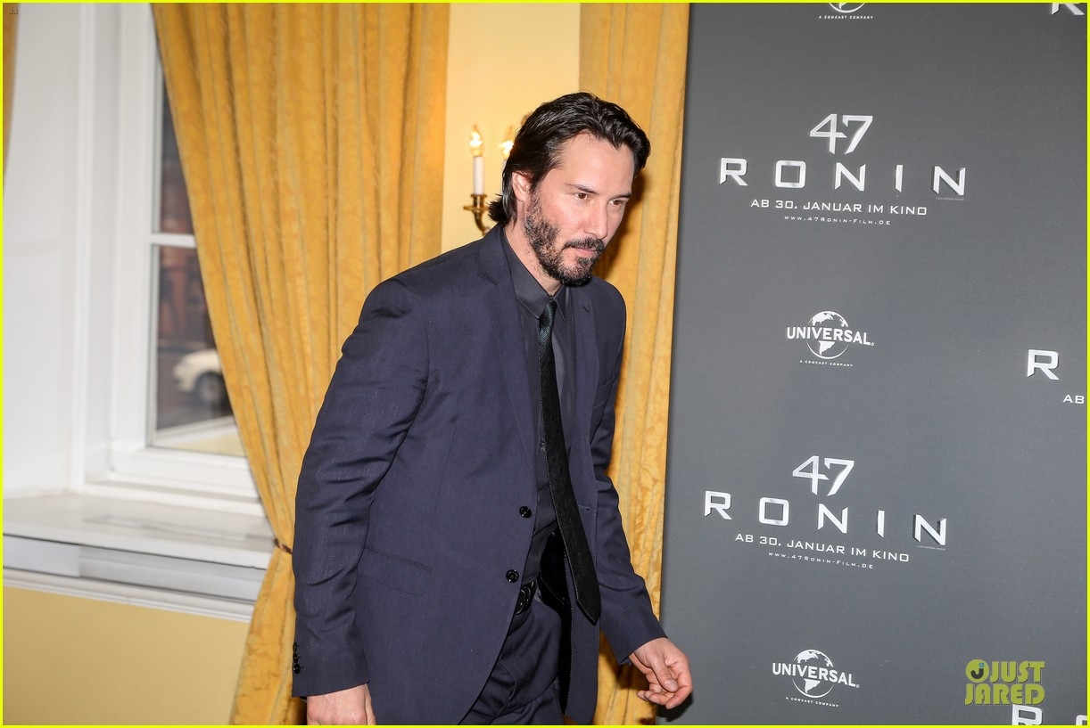 keanu reeves 47 ronin munich photo call 023034342