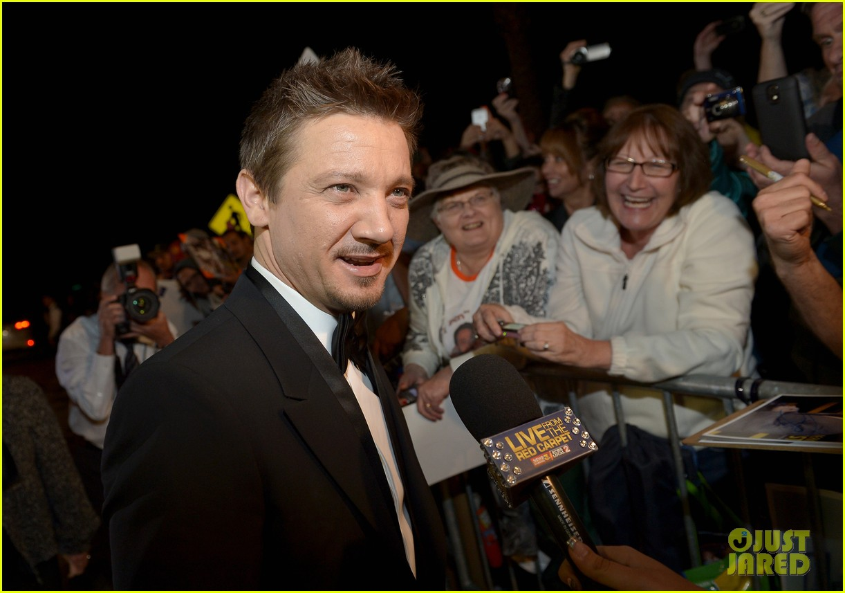 jeremy renner elisabeth rohm palm springs film festival awards gala 2014 07