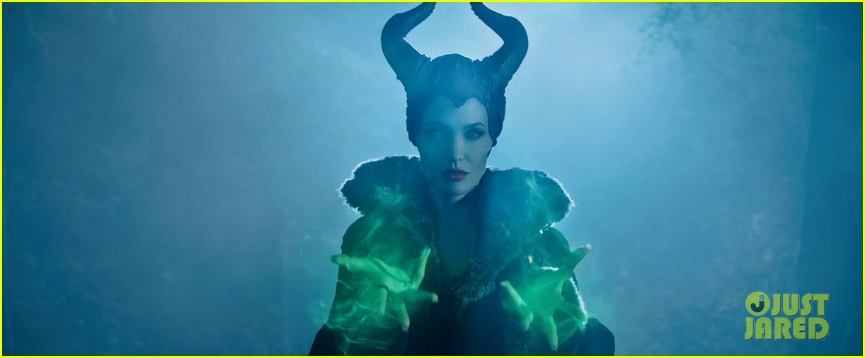 lana del rey sings in angelina jolies new maleficent trailer 033041347