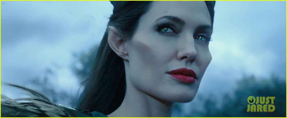 lana del rey sings in angelina jolies new maleficent trailer 043041348