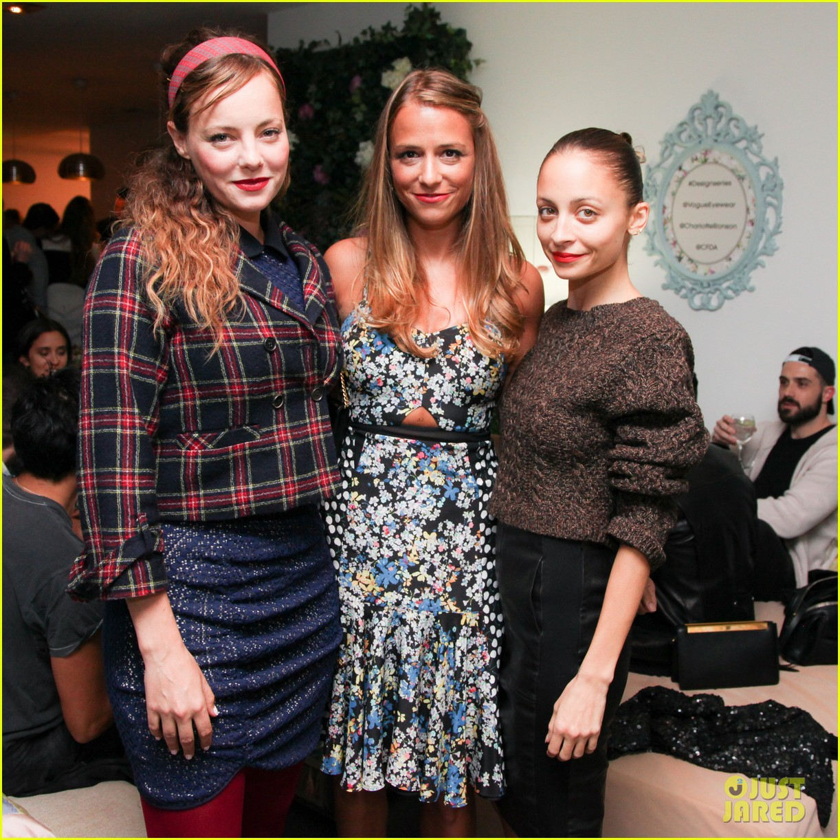 nicole richie rashida jones charlotte ronsons vogue eyewear launch party 023032015