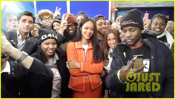 rihanna braves winter chill for good morning america interview 093043496