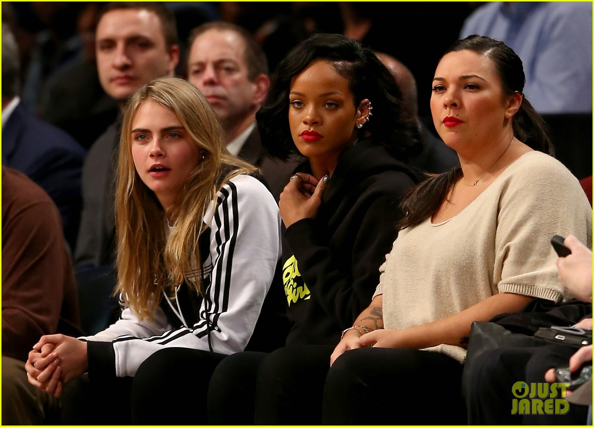 rihanna cara delevingne root for brooklyn nets 04