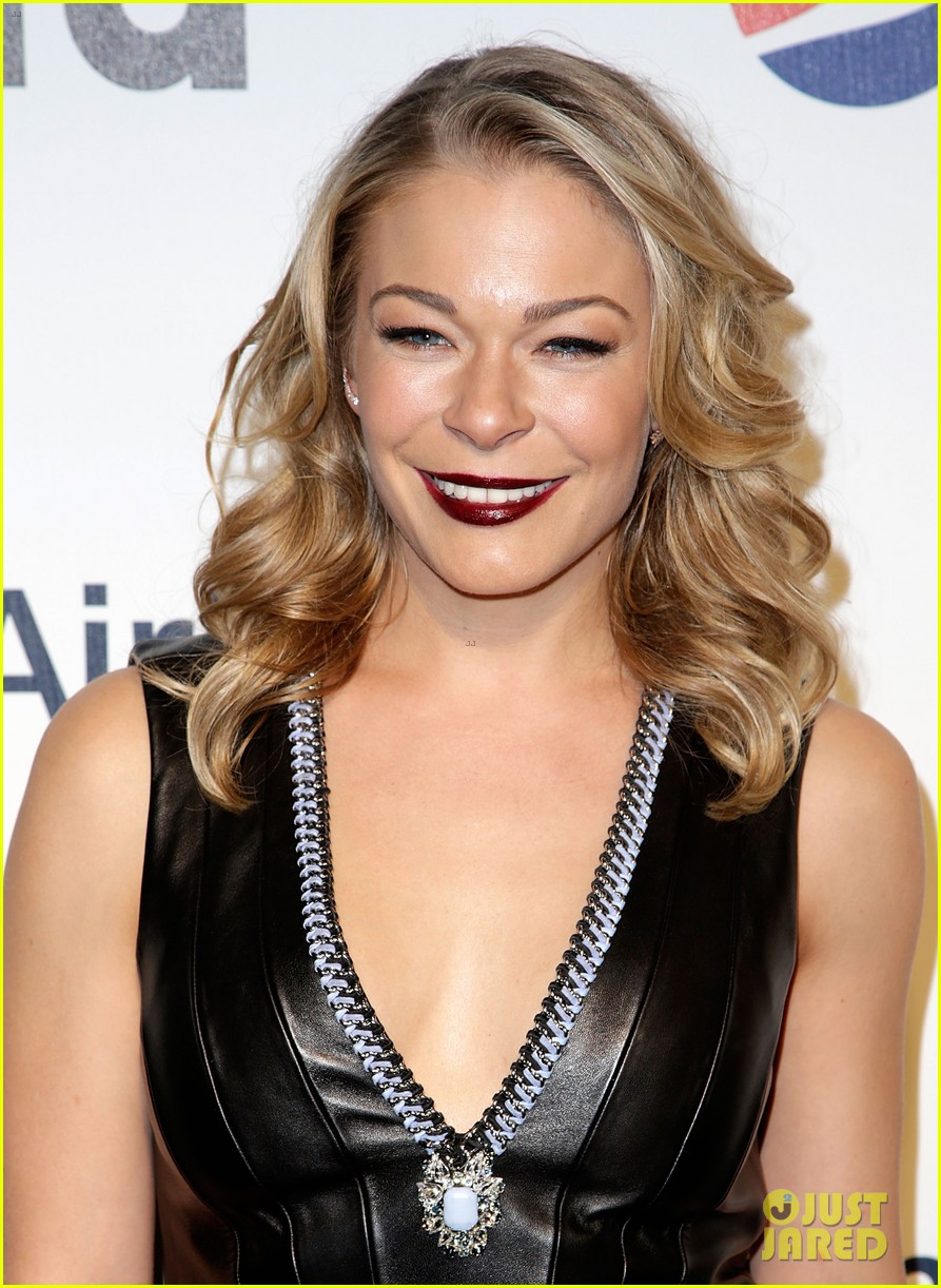 leann rimes billboards power 100 event with eddie cibrian 12