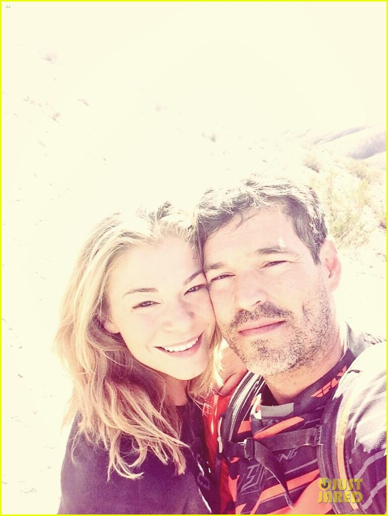 leann rimes perfect day with eddie cibrian 05
