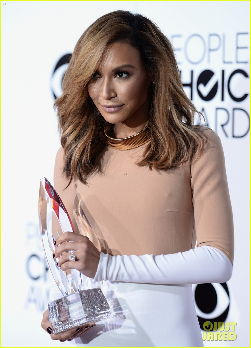 naya rivera goes blonde at peoples choice awards 2014 223025605