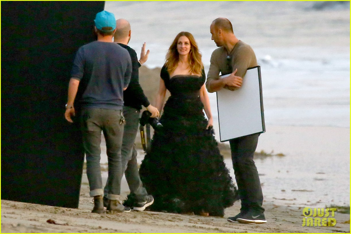 julia roberts wears elegant gown for beach photo shoot 093043850