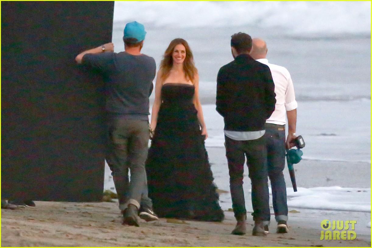 julia roberts wears elegant gown for beach photo shoot 193043860