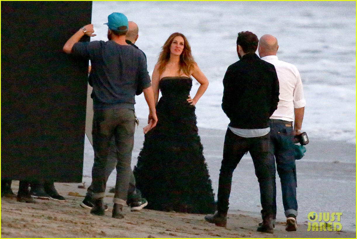 julia roberts wears elegant gown for beach photo shoot 203043861