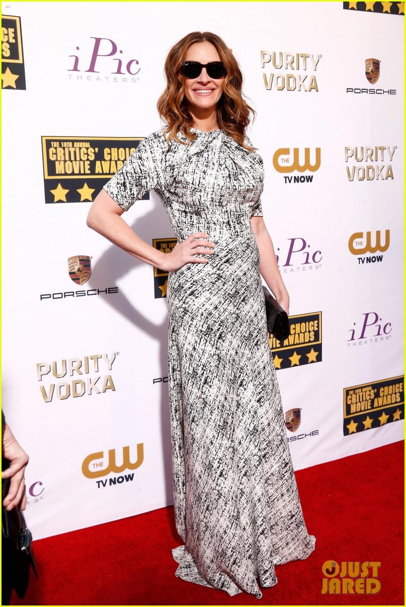 julia roberts meryl streep critics choice awards 2014 053032915