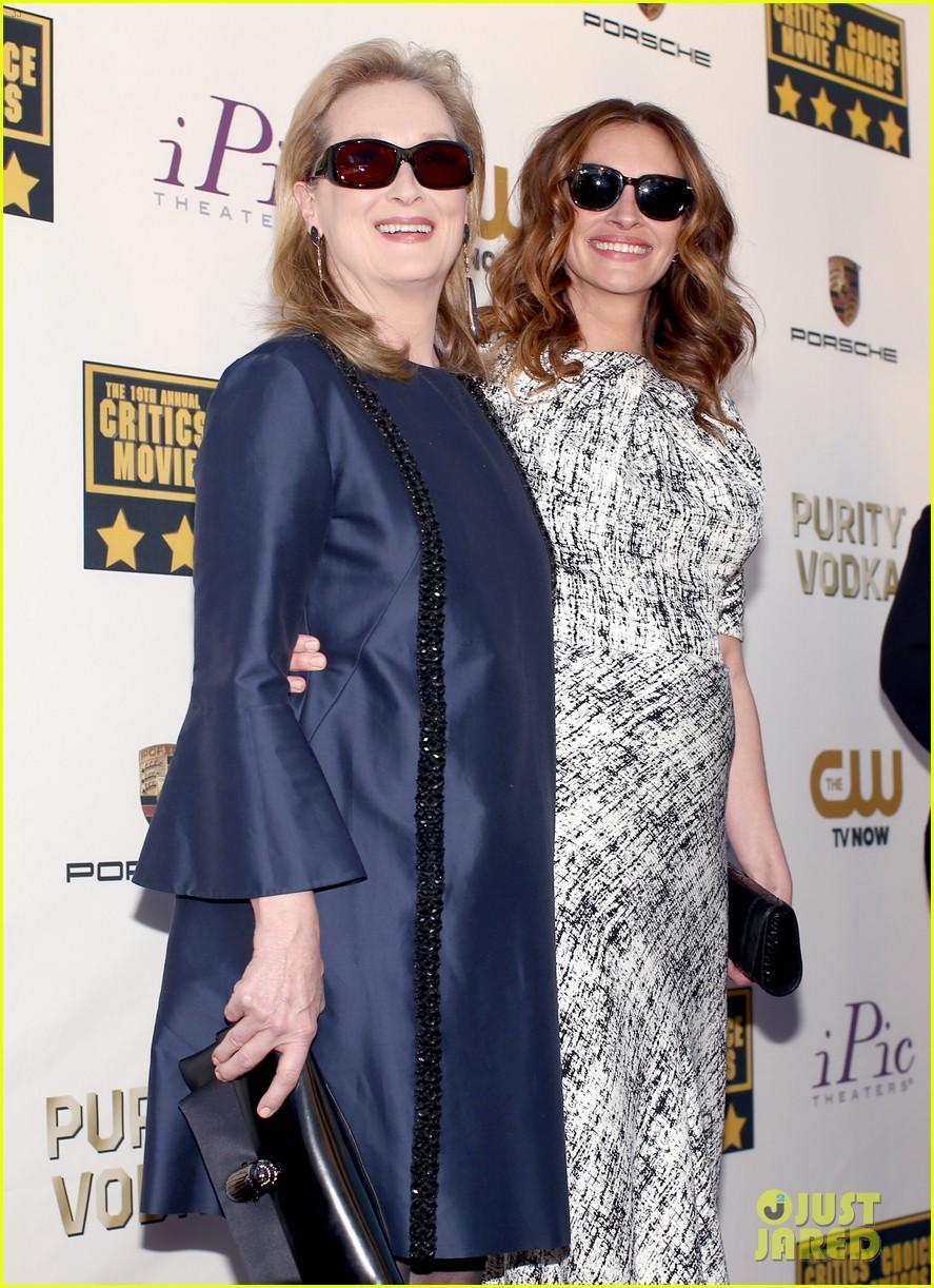 julia roberts meryl streep critics choice awards 2014 063032916