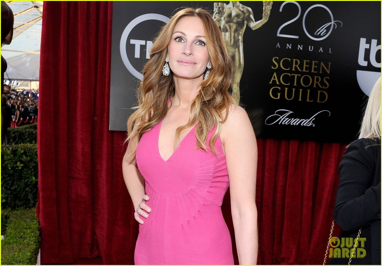 julia roberts sag awards 2014 red carpet 053034695