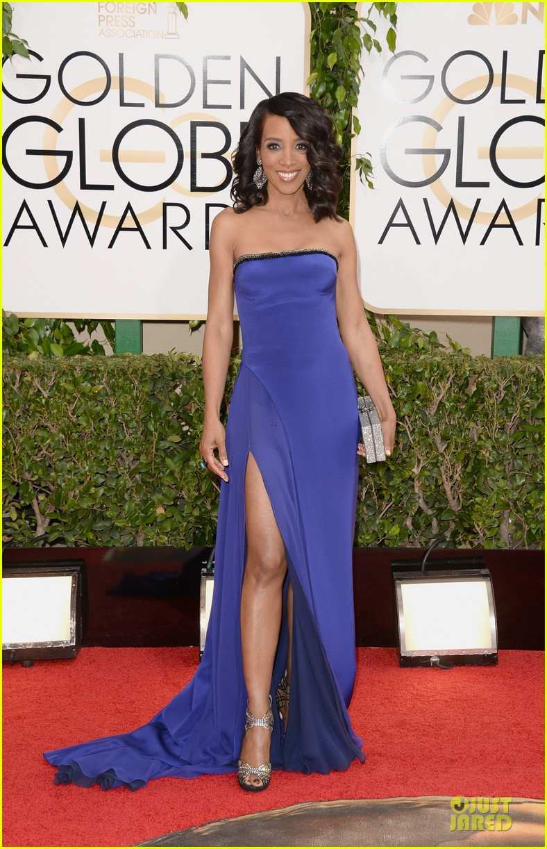 louise roe nancy odell golden globes 2014 red carpet 053029079