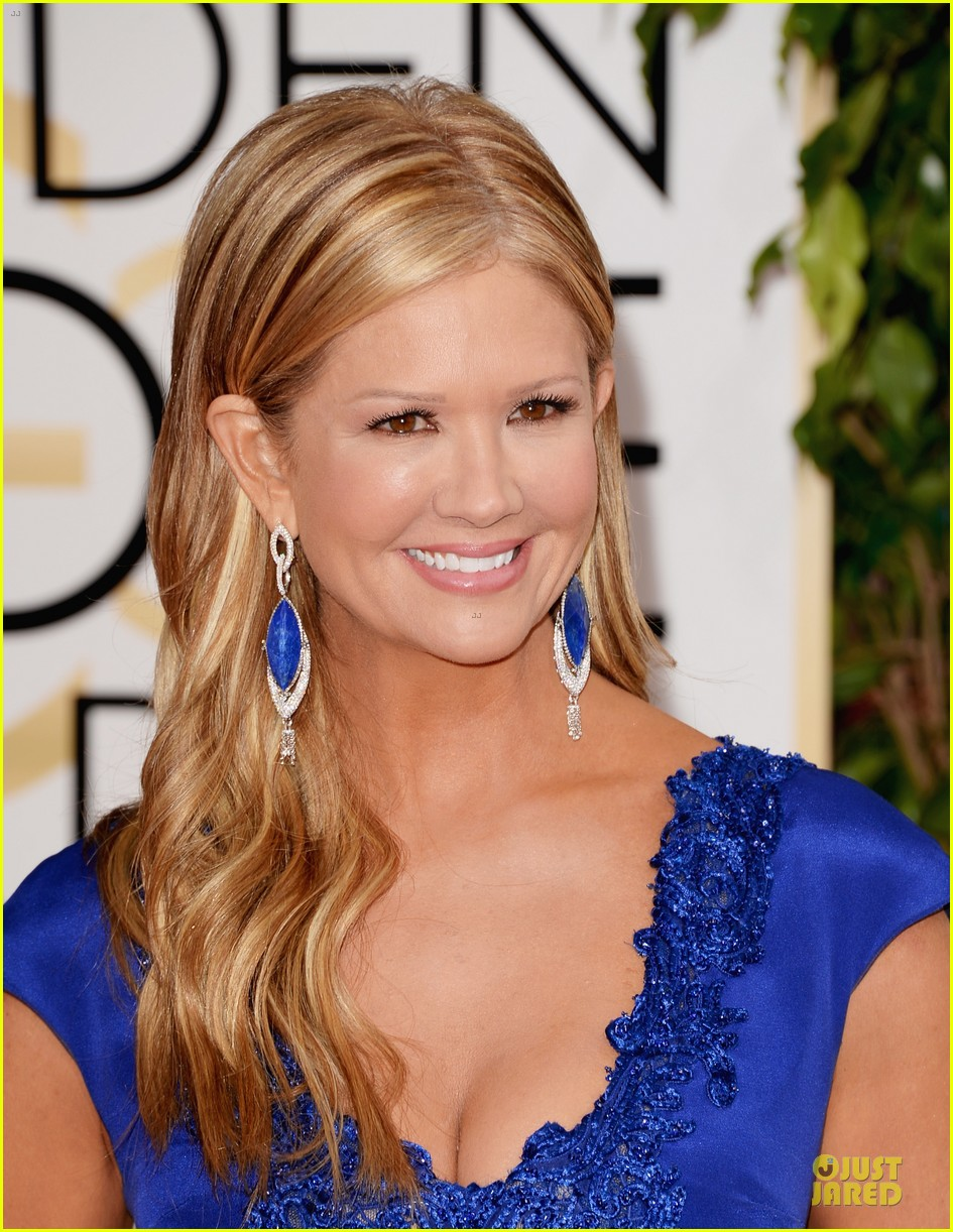 louise roe nancy odell golden globes 2014 red carpet 103029084