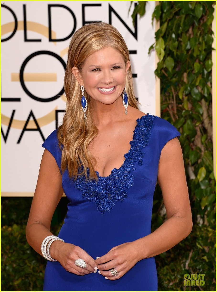 louise roe nancy odell golden globes 2014 red carpet 123029086