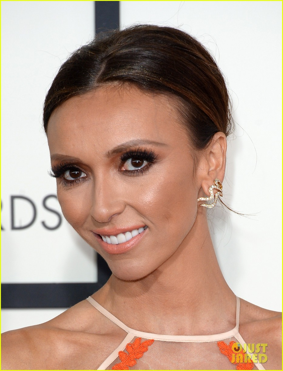 louise roe guiliana rancic grammys 2014 red carpet 043040917