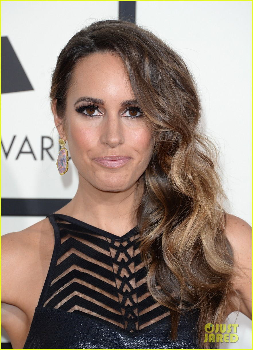 louise roe guiliana rancic grammys 2014 red carpet 063040919