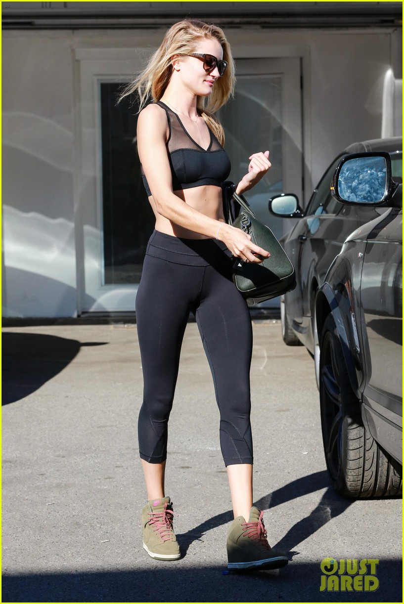 rose huntington whiteley dons sheer sports bra to gym 143035522