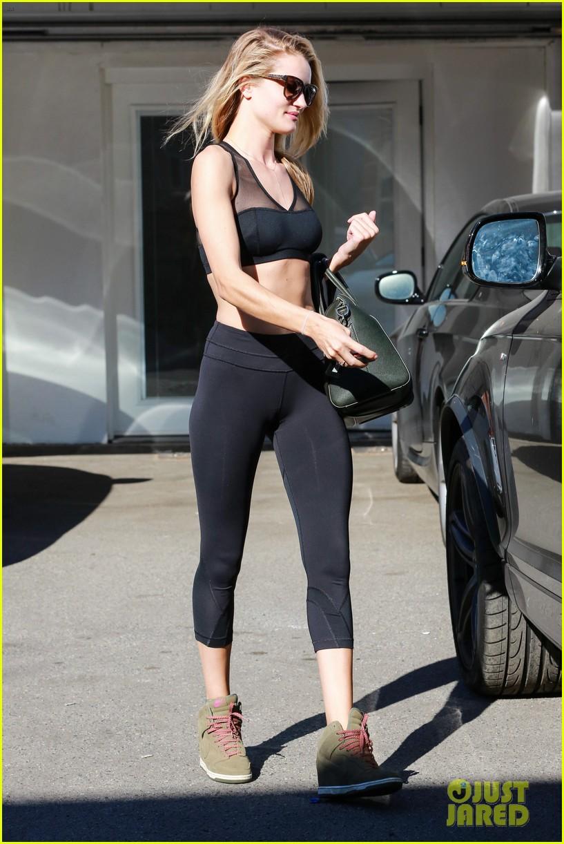 rose huntington whiteley dons sheer sports bra to gym 143035522