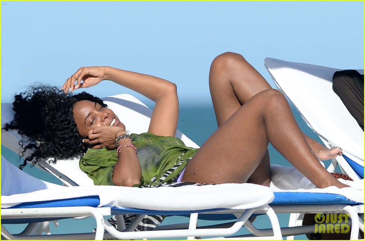 kelly rowland miami beach bikini babe 093022002